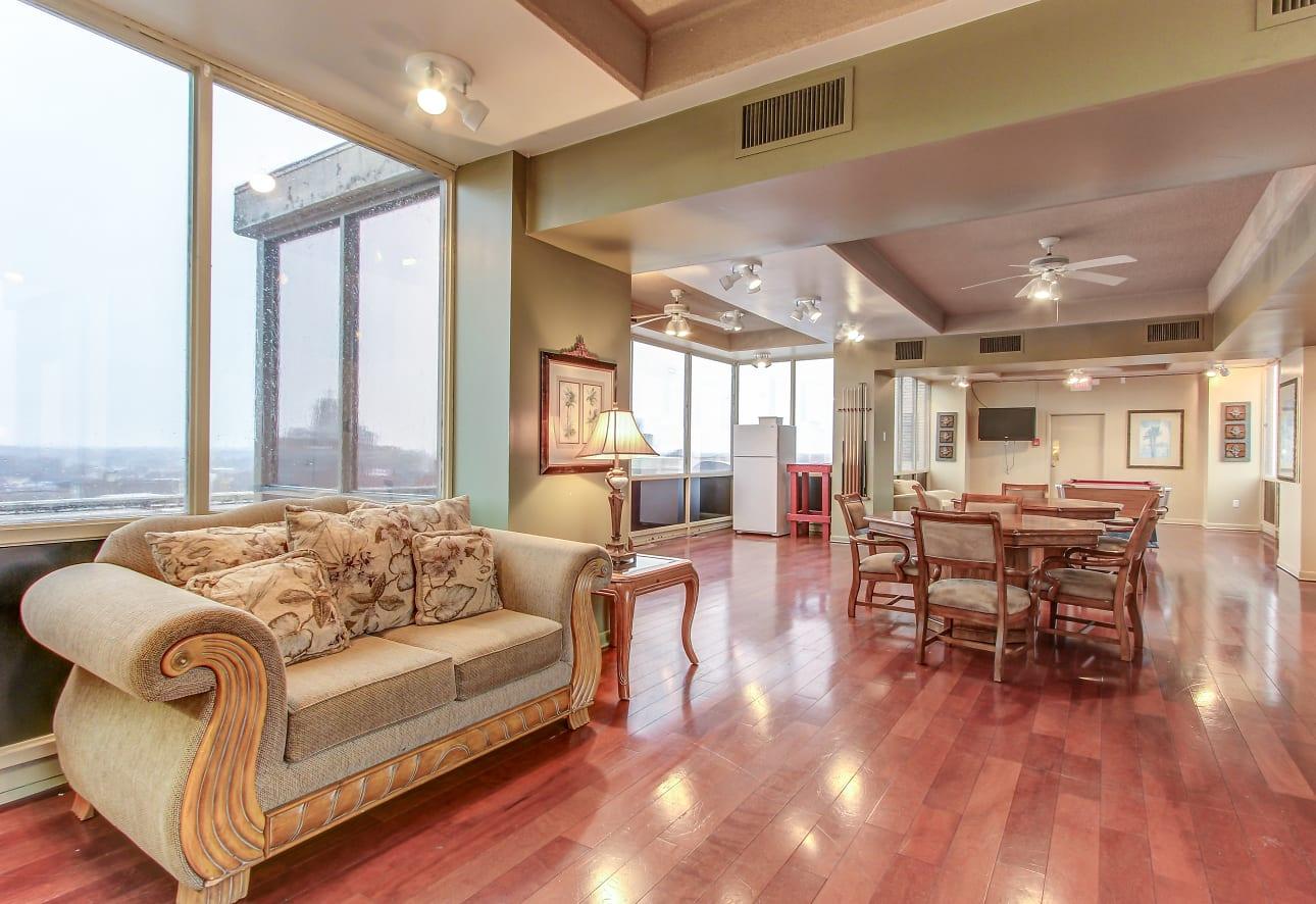 Three Rivers Luxury Apartments Fort Wayne In 46802