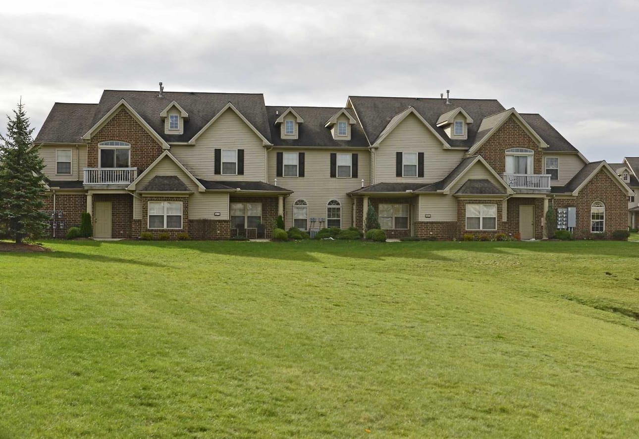 Waterford Place Apartments Villas Sheffield Village Oh 44035