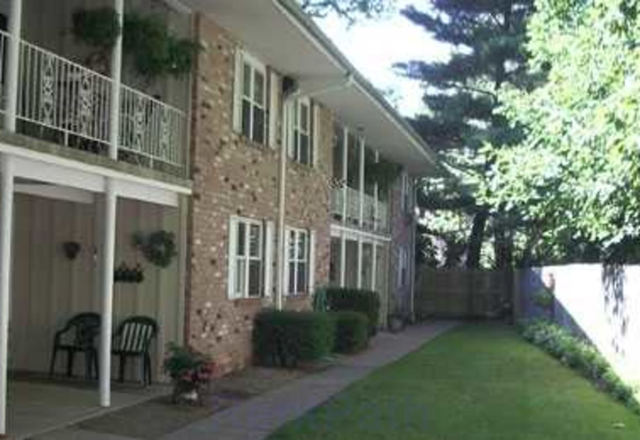 Carriage House Apartments Amherst Oh 44001