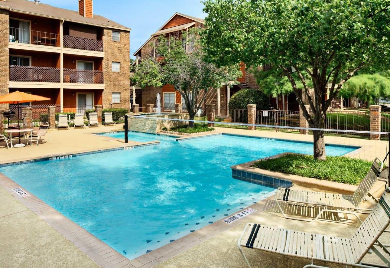 Arlington Oaks Apartments - Arlington, TX 76011