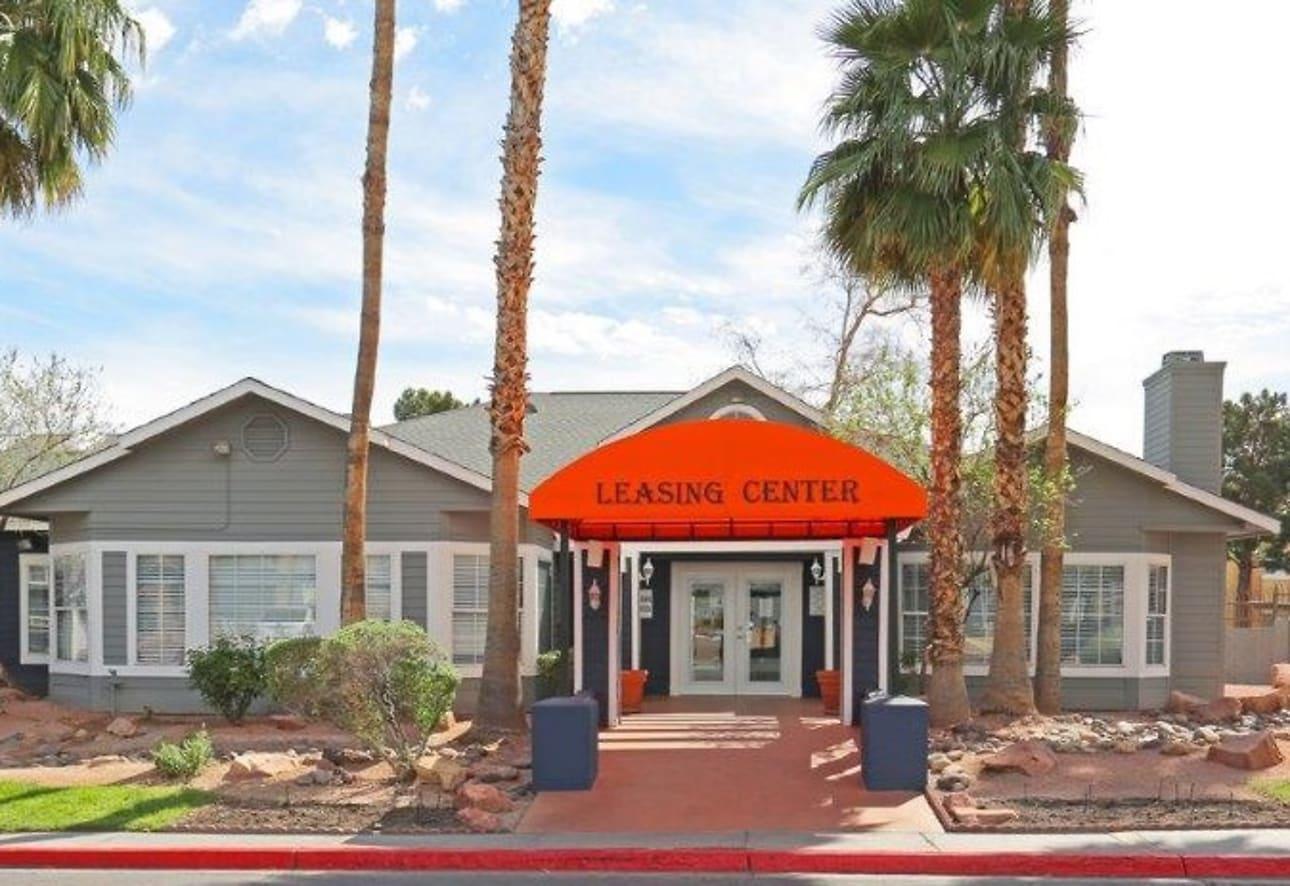 The Hamptons Apartments - Las Vegas, NV 89121