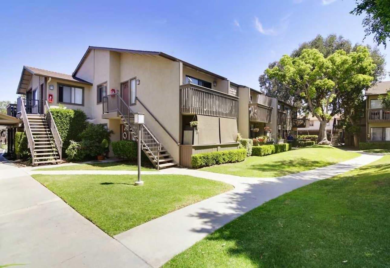 ce0f2bfa40f3c Home · California · Costa Mesa  Westlake Village. Pet Friendly. 1   13