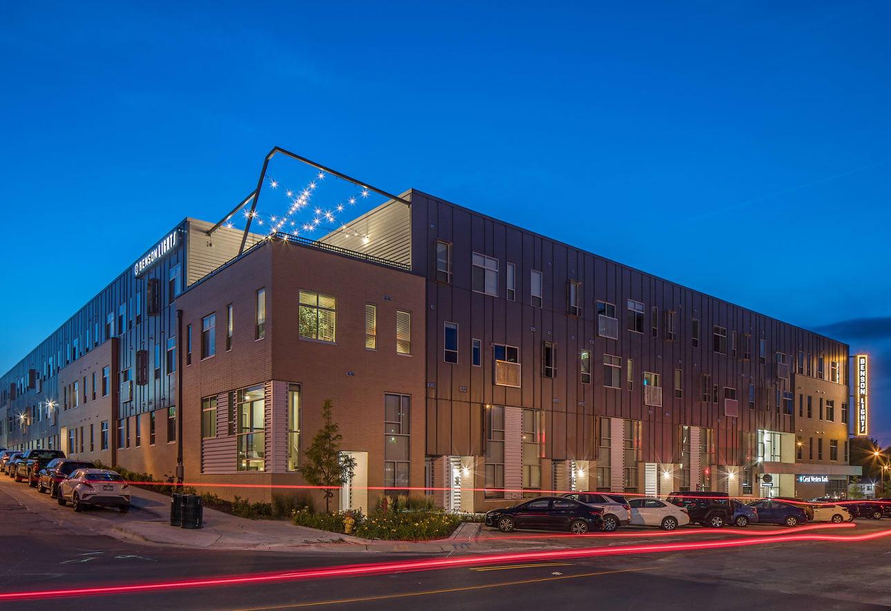 Benson Lights Apartments - Omaha, NE 68104