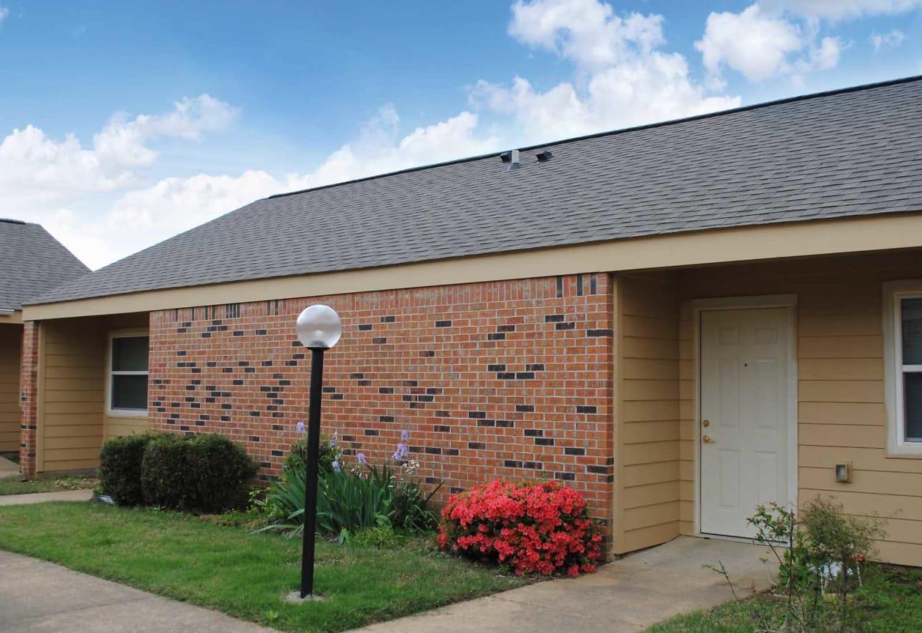 Wesley Graceland Gardens Apartments Memphis Tn 38116
