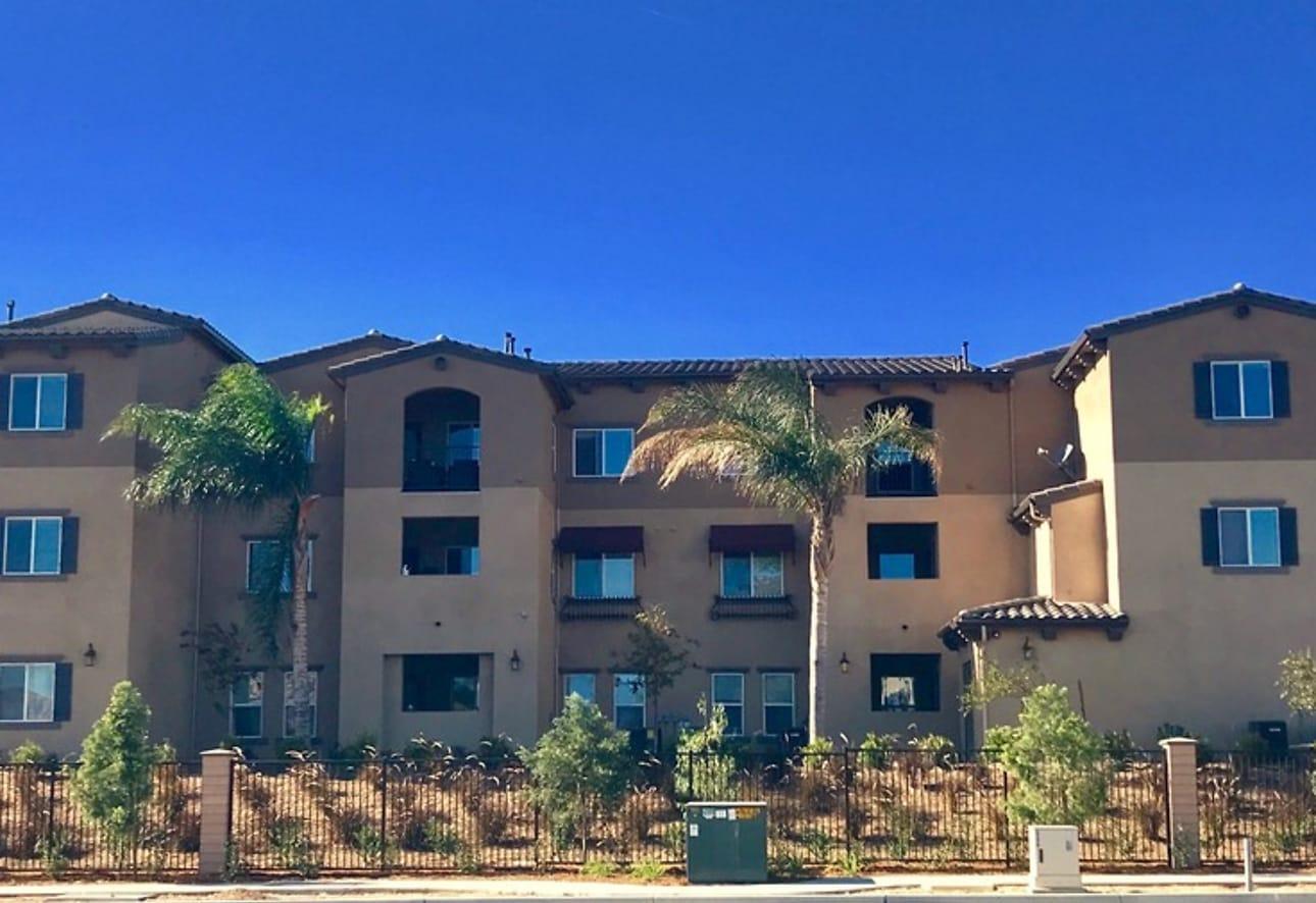 Santa Barbara Apartments - Rialto, CA 92376