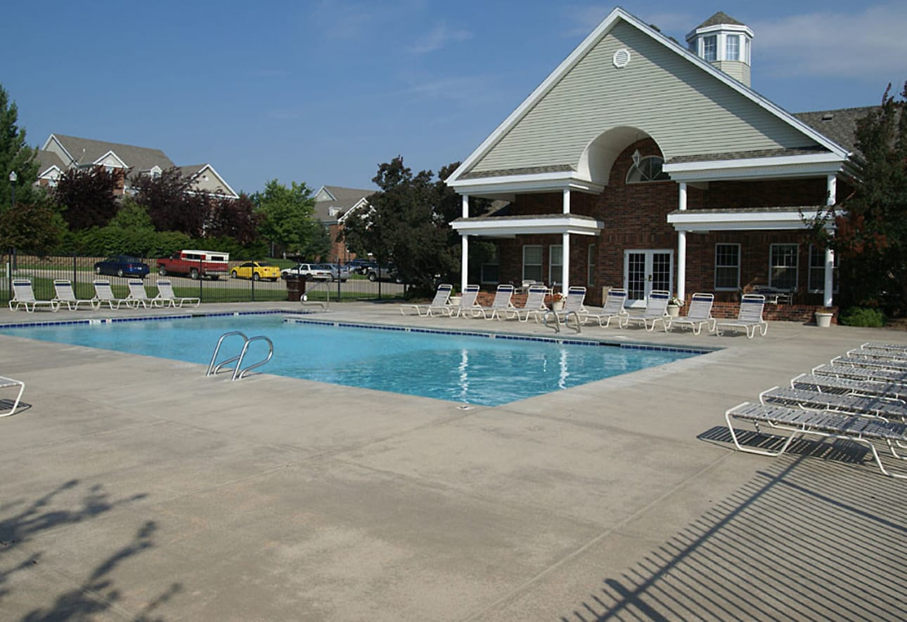 The Colony Apartments at Williamsburg Village - Lincoln ...