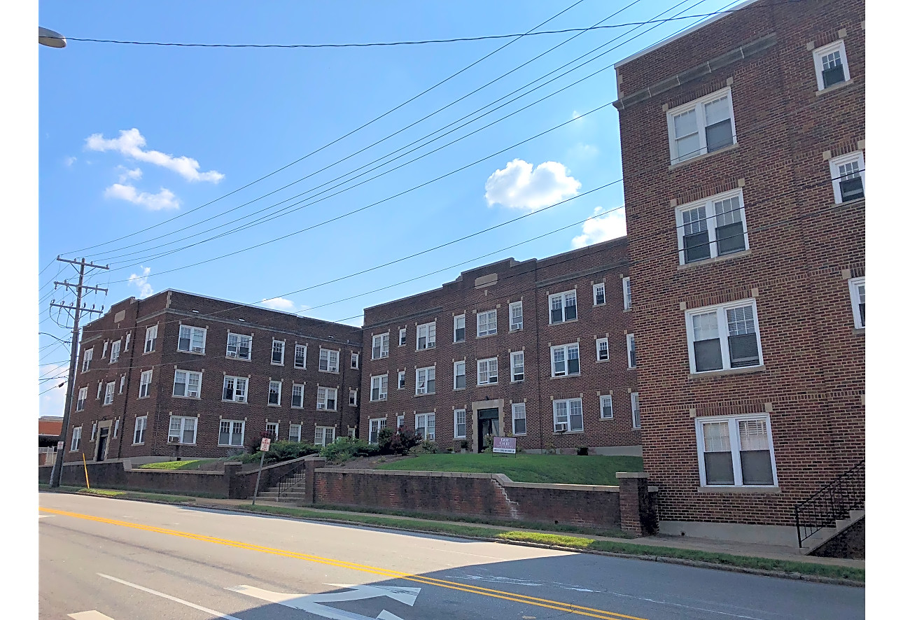 Gray Court Apartments