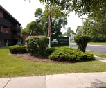 Standart Woods Garden Apartments Townhouses, 13021, NY