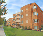 Highland House Apartments, Garfield Middle School, Lakewood, OH