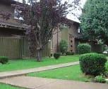 Oak Park Apartments, American Baptist College, TN
