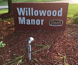 Willowood Manor Apartments, 44116, OH