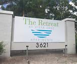 The Retreat at Vista Lake, Pine Manor, FL