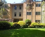 Huntington Apartments, Kit Carson Middle School, Sacramento, CA