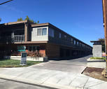 Highland Gardens Apartment Homes, Mariano Castro Elementary School, Mountain View, CA
