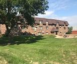 Oak Crest Estates, Elk River Senior High School, Elk River, MN