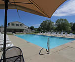 Hunters Lake Apartments & Townhomes, Akron, OH