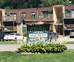Pinecrest Apts, South Amherst Middle School, South Amherst, OH
