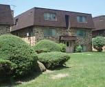 Exterior, Crestwood Condominiums