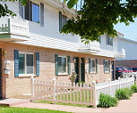 Woods Edge Townhomes, 53714, WI