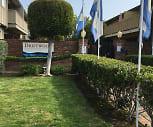 Driftwood Apartments, Donald D Lum Elementary School, Alameda, CA