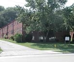 Greenbriar Apartments, 44117, OH