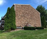 6109 PATRICK HENRY DR, Independence Elementary School, Aliquippa, PA