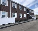 Queens Court Apartments, Coliseum Central, Hampton, VA