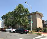Kentucky Courts, Watkins Elementary School, Washington, DC