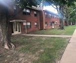 82 West Apartments, 64131, MO