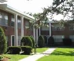 COLONIAL VILLAGE APARTMENTS, Avery Elementary School, Saint Louis, MO
