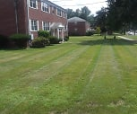 Folly Brook Apartments, Silas Deane Middle School, Wethersfield, CT