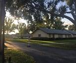 LAUREL HILLS VILLAS, Minneola, FL