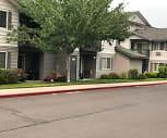Stonebriar Apartments, Deschutes River Woods, OR