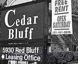 B&w, Cedar Bluff