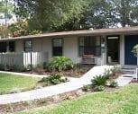 Palatka Oaks Apartments, Saint Johns River Community College, FL
