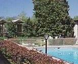 Pool view, Linden