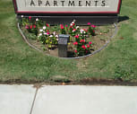 Pine View Apartments, Rosedale, CA