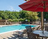 Lakepointe Luxury Apartments, University of Kentucky, KY