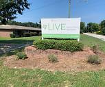 Live Garrett Woods Apartments, Phenix City, AL