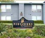 Pinehurst, Westdale Hills-Pinehurst