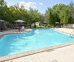 Pool, Hillcrest Oaks