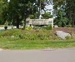 Whisperwood Condo, Fenton Senior High School, Fenton, MI