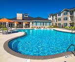 Pool, Hawthorne At Leland