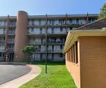 Laurel Plaza Apartments, Oakrun Middle School, New Braunfels, TX