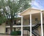 Savannah Apartments, Colonial Heights Elementary School, Brownfield, TX