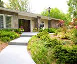 Sterling Oaks Apartments, Embry Hills, Atlanta, GA