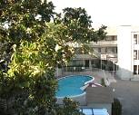 North Main Apartment Homes, John F Kennedy University, CA