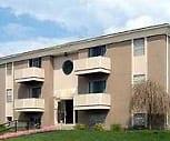 Exterior, Daisy and Walnut Apartments