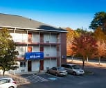InTown Suites - Newport News (NPN), Village Green, Newport News, VA