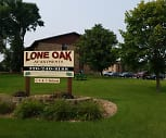 Lone Oak Apartments, Buffalo Community Middle School, Buffalo, MN